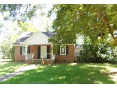 3 Bed 2 Bath Preforeclosure Property in Albany, GA 31707 - Maryland Dr