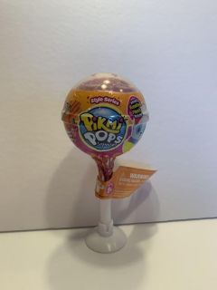 Pikmi Pops surprise- scented plush toy inside