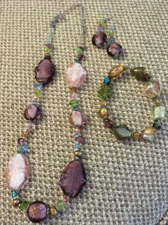Necklace bracelet and earrings 9
