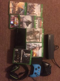 Xbox game console package