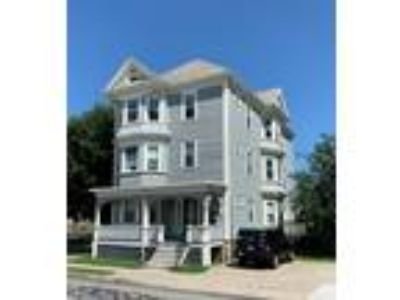 Great investment opportunity in West End