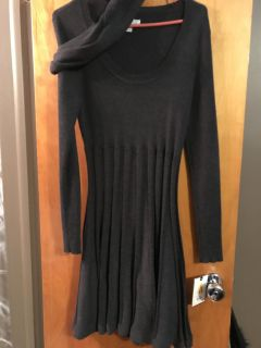 Large new with tag charcoal gray knit dress with scarf