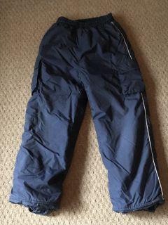 Boy's size med navy blue snow pants