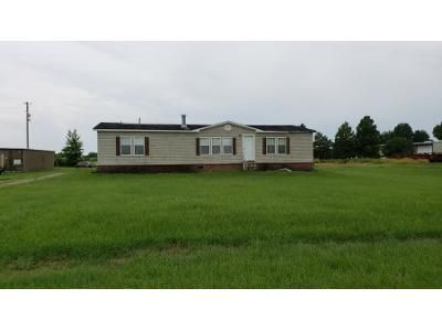 3 Bed 2 Bath Foreclosure Property in Youngsville, LA 70592 - J Austin Rd