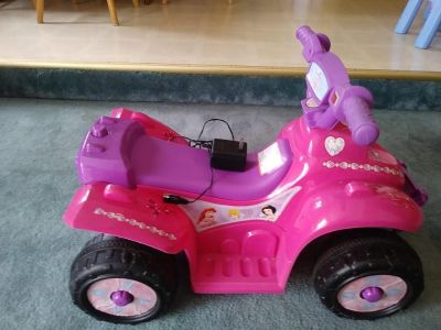 Disney Princess 6V Ride On Quad Car w battery and Charger