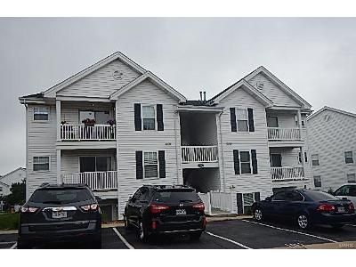 2 Bed 2 Bath Foreclosure Property in Grover, MO 63040 - Imperial Crown Way Unit G