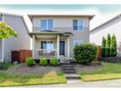 Tacoma Real Estate Home for Sale. $260,000 3bd/One BA. - Shirley Myles of