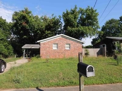 3 Bed 1 Bath Preforeclosure Property in Birmingham, AL 35215 - Cheyenne Blvd