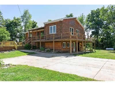 2 Bed 2 Bath Foreclosure Property in Rives Junction, MI 49277 - Zion Rd