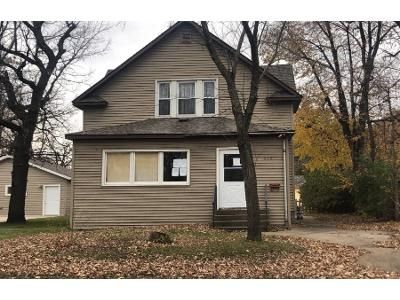 3 Bed 2 Bath Foreclosure Property in Saint Cloud, MN 56304 - 4th Ave NE