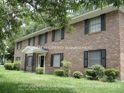 2 Bedroom/ 1 Bath Apartment For Rent 4420 Caroline Dr. Unit A