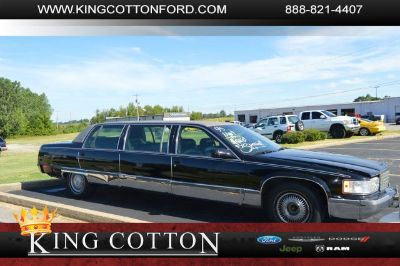1995 Cadillac Fleetwood Base (Black)