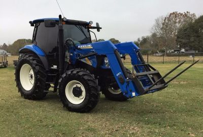 2012 New Holland T6020