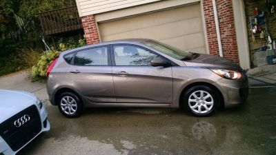 2012 Hyundai Accent GLS Hatchback Passenger Vehicles Harmony, PA