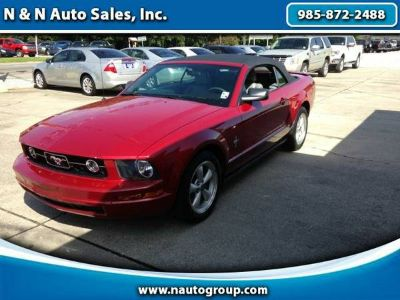 2008 Ford Mustang V6 Premium Convertible - Priced to Move