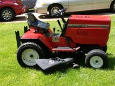 """Ranch King 46"""" Lawn Tractor"""