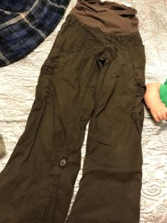 Comfy maternity pants can also be worn as capris