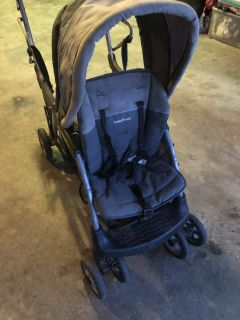 Baby Trend sit n stand stroller.
