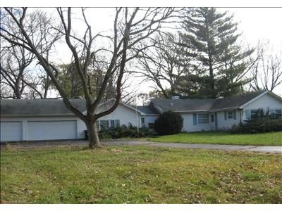 Foreclosure Property in Libertyville, IL 60048 - Lockwood Dr