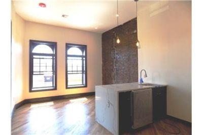 $987.50 Rooms Available in 4 Bedroom Apartment