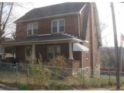 4 Bed 1.5 Bath Foreclosure Property in Coatesville, PA 19320 - Coates St