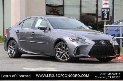 2018 Lexus IS (gray)