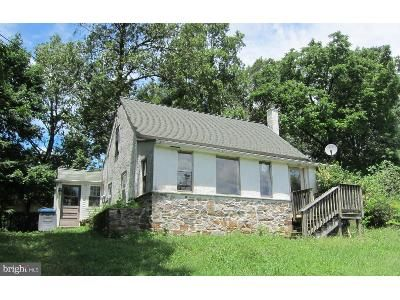 2 Bed 1 Bath Foreclosure Property in Coatesville, PA 19320 - Union Rd
