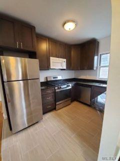 ID#: 1351142 Gorgeous 4 Bedroom Apartment in Whitestone