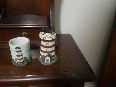 Litehouse cup an toothbrush holder