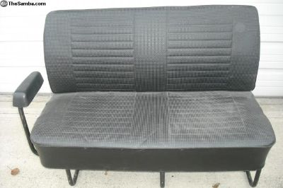 Bay window middle seat