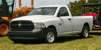 2016 RAM 1500 2WD Regular Cab 6.4 Ft Box Exp (Black)