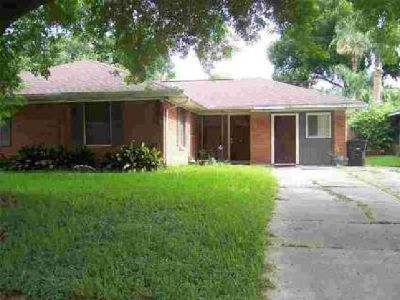 4021 E WOODFOX Street Houston, 4 BR 2 BA home