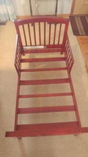 Wooden toddler bed - free