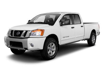 2013 Nissan Titan SE (Glacier White)
