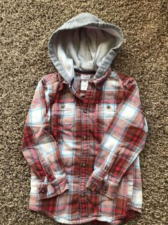 Carters Hooded Flannel (5T)