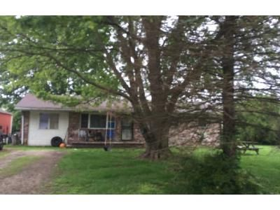 3 Bed 1.5 Bath Foreclosure Property in Scottsburg, IN 47170 - N Melody St