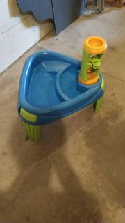American Plastic Toys Sand & Water Play Table
