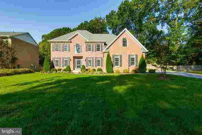 8600 Fort Hunt Rd Alexandria Four BR, Graciously Designed Custom