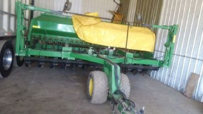 2006 John Deere 1560 grain drill for sale in North Canton, OH.