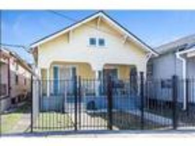 $1275 Three BR 1.00 BA, New Orleans