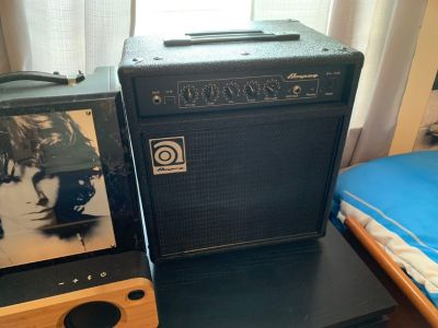 Ampeg Bass Amp/Brand new condition!