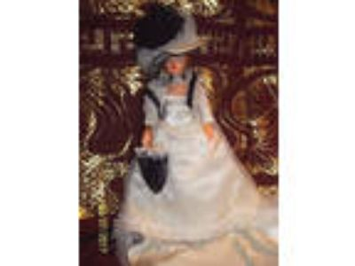 Peggy Nisbet Costume & Historical Doll #H/801 20th Century