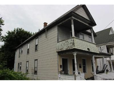 6 Bed 2 Bath Foreclosure Property in Amsterdam, NY 12010 - Bunn St