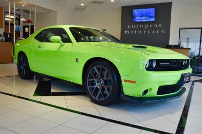 2015 Dodge Challenger R/T Scat Pack (Sublime Green Pearl Coat)