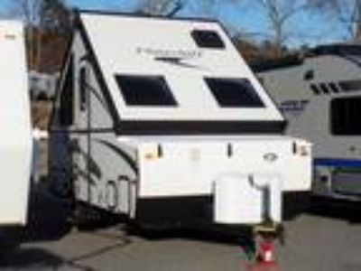 2016 Forest River Hard Side High Wall Series T21QBHW