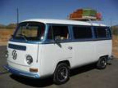 1968 Volkswagen BusVanagon Deluxe California