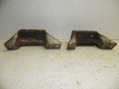 Purchase 66 67 1966 1967 FORD FAIRLANE 289 V8 ENGINE MOTOR MOUNT BRACKETS motorcycle in Albert Lea, Minnesota, United States, for US $28.00