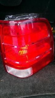 $40 OBO ford expedition pass lamp tail