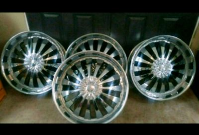 Set of 24' Chrome Velocity Universal 6 lug Rims