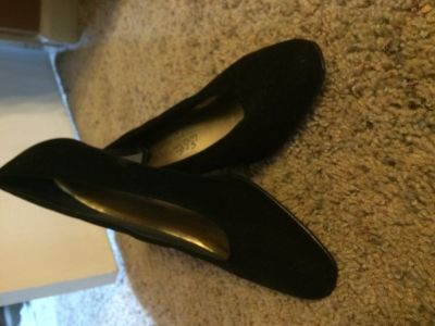 Women's dress/formal shoes